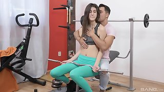 Fit chick Kerry Devilish teased by her trainer and penetrated